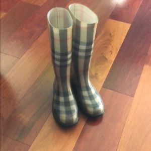 Burberry classic check rain boots